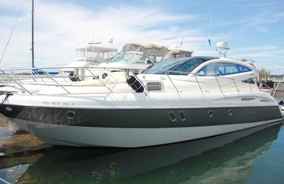 mad about boating yacht sales- cranchi 47 hardtop, mediterranee ht, italian boats, lake michigan, yachts, boats, express